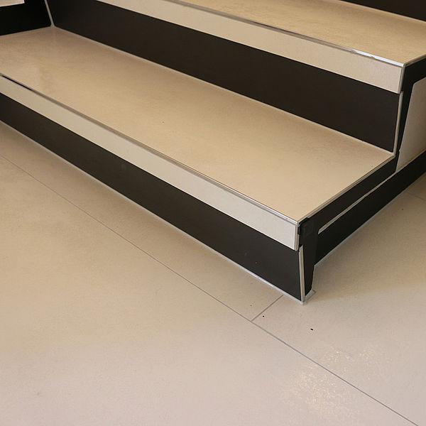 ceramax hybridceramic neue fliesen auf altem belag. Black Bedroom Furniture Sets. Home Design Ideas